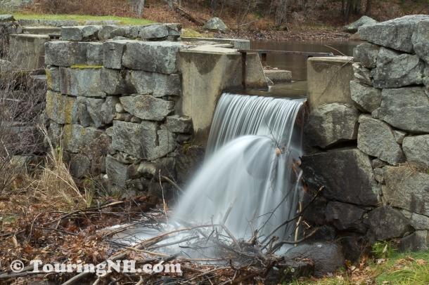 The dam at Swanzey Lake