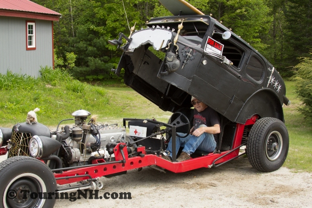 Ed shows off the hydraulic body lift